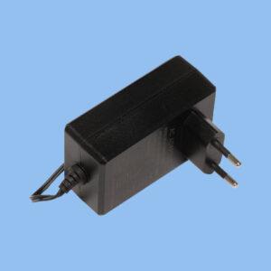 آداپتور MT48-570080-11DG میکروتیک